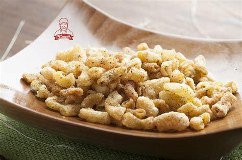 membuat keripik singkong renyah keripik maicih asli
