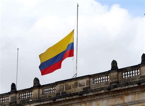 Imagenes De Luto Bandera De Colombia   el saludo a la bandera oscar humberto g 243 mez g 243 mez