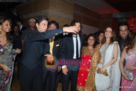 shahrukh khan wedding album www shahrukh khan gauri khan hrithik roshan suzanne roshan