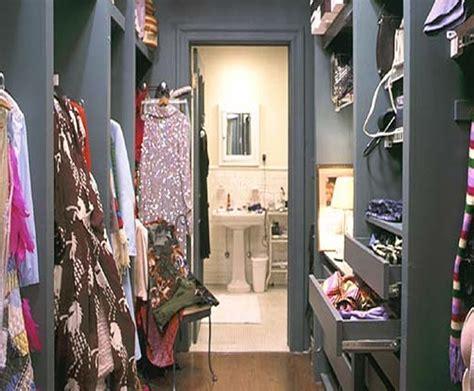 carrie bradshaw closet www imgkid the image