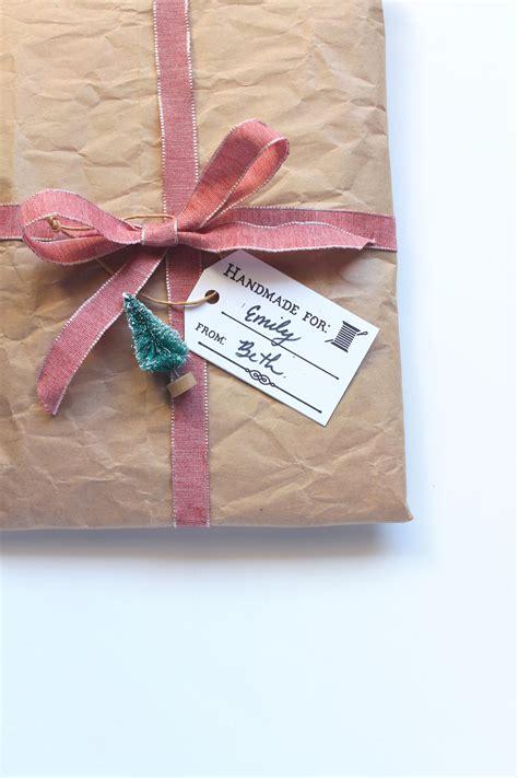 Handmade By Tags Sewing - free diy printable handmade gift tags sew diy