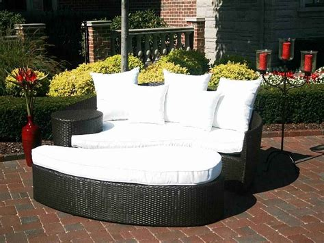 white wicker sofa bed white wicker patio table images