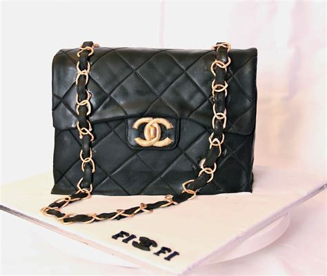 The Top Five Bag Cakes Beacuse Theyre And by Bakerz Chanel Cake