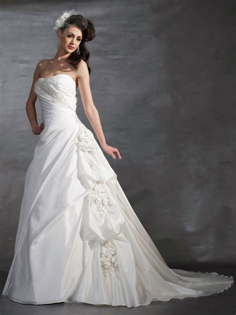 White Bridal Dresses by Gorgeous White Wedding Gowns For Ideal Trends For