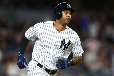 yankees injury update aaron hicks and adam warren should