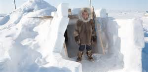 eskimo haus an igloo eskimo in
