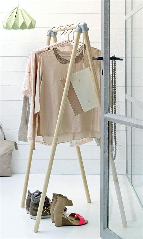 Diy Wardrobe Rack by Best 25 Diy Wardrobe Ideas On Building A