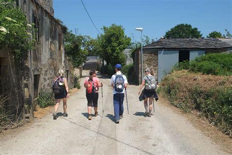 camino de santiago camino frances st jean santiago finisterre to guide books camino st jean pied de port to santiago self guided
