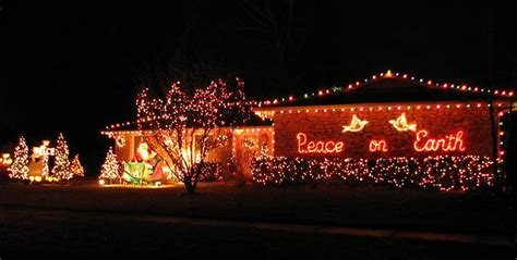 How To Make Your Christmas Lights Display The Best In The Light Displays