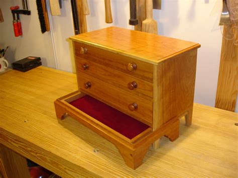woodworking plans hidden compartment diy wood projects