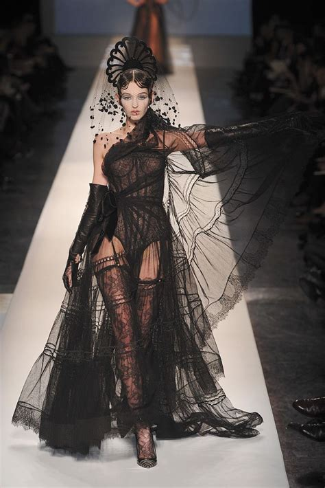 Frock Horror Of The Week Catwalk 11 jean paul gaultier 2009 couture runway photos