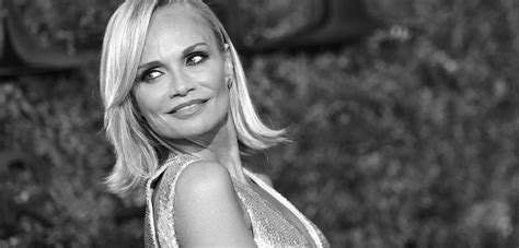 you searched for kristin chenoweth kchenoweth twitter home and kristin chenoweth tony awards hair get the look
