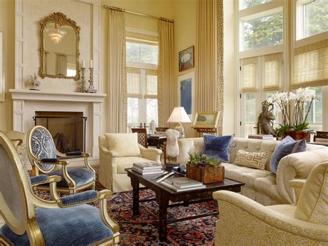 Classic Living Room Ideas by San Francisco City Chateau Traditional Living Room