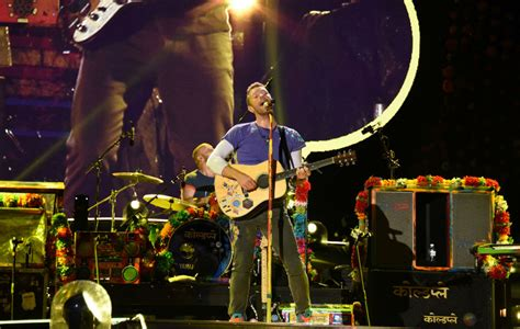 coldplay history watch coldplay end their massive cardiff gig by playing
