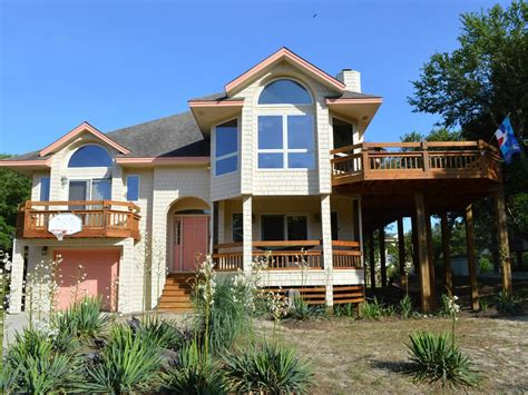 perfect little house company perfect small family place 4 br 3 baths walk to 354458