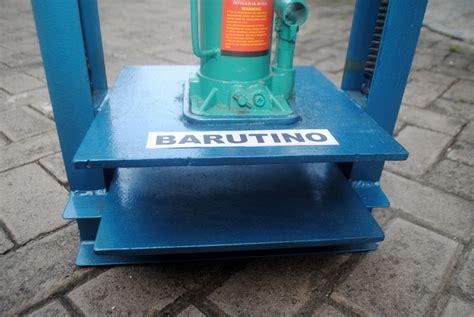 Mesin Pisau Pond mesin pond hidrolik barutino sandal