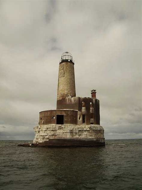 cat island not showing lighthouse that was built in 1831 light s out seven more eerie abandoned lighthouses urbanist