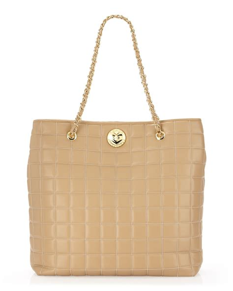 Moschino Quilted Velvet Tote by Lyst Moschino Quilted Chainstrap Tote Bag In