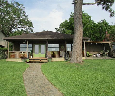 The Cottage Woodville Tx by Waterfront Property In Lake Livingston Onalaska