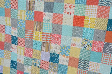 Easy Patchwork Quilt - hyacinth quilt designs a simple patchwork quilt