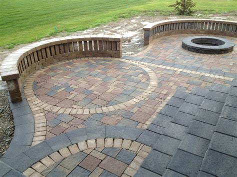 pavers patios how to a patio pavers