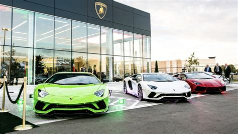 lamborghini dealership lamborghini opens two america dealerships the