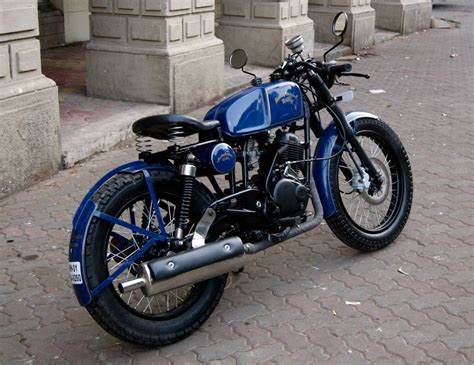 Motorrad Queretaro by Bajaj Pulsar 150 Turned Into A Neat Cafe Racer