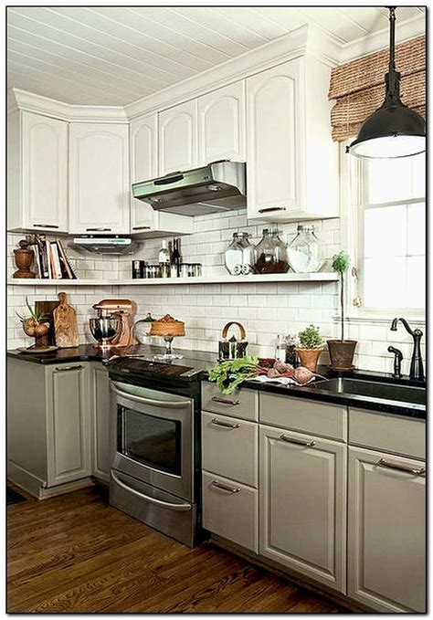 Lowes Kitchen Cabinets Reviews by Cabinets At Lowes Review Www