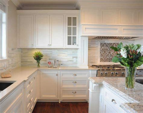 backsplash ideas for white quartz countertops with