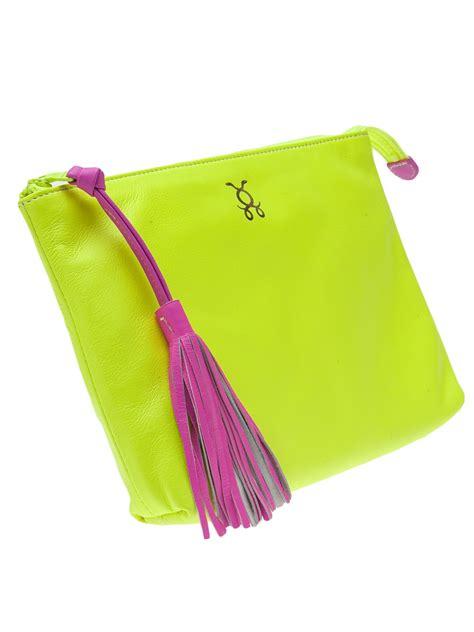 Kaos Fendi Karlito figue tassel pouch in yellow lyst