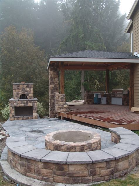 pit for covered porch outdoor living outdoor kitchen outdoor fireplace pizza
