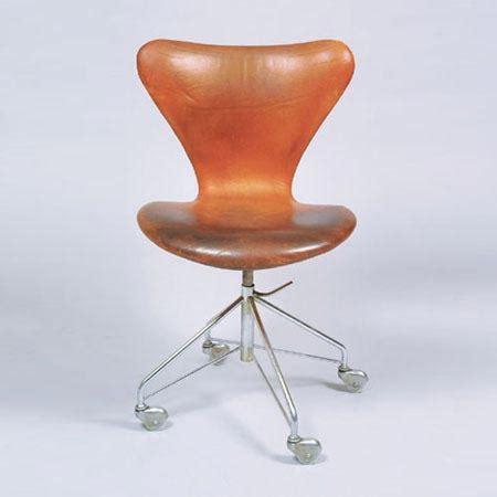 arne jacobsen drehstuhl drehstuhl mod 3107 design objekte 4101735 dorotheum