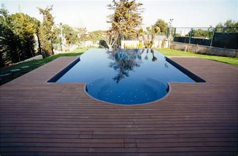 Backyard Experience Pools Swimming Pool Deck Is An Enjoyable Experience During The