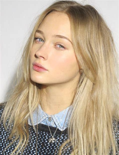 light blonde hairstyles light ash blonde hair hair pinterest