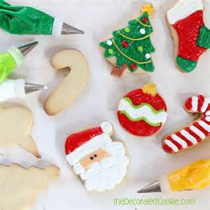 Step by step guide to decorating christmas cookies to go with a big