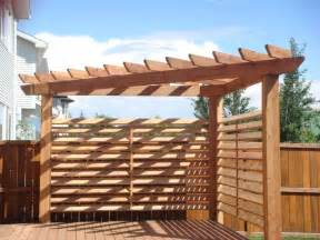 Triangle Pergola by 25 Best Ideas About Corner Pergola On Pinterest Corner