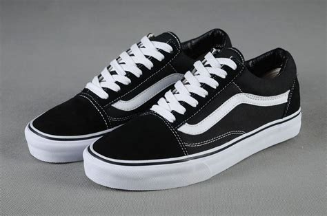 Sepatu Vans Skool Black White Original Vans Shoes Black White Original Skool Unisex Low Vans