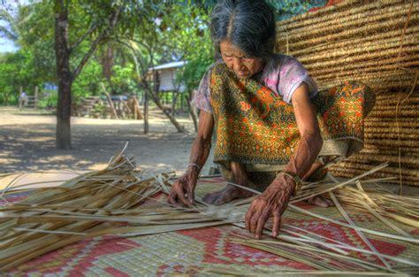 weaving mat mat weaving ត ប ញ កន ទ ល ន រតនគ រ ethancrowley