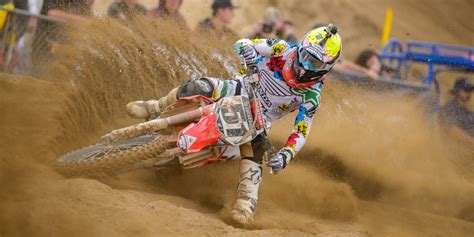cool motocross gear best motocross helmets 2014 motosport