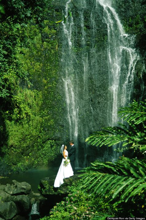 6 breathtaking places get married in hawaii that aren