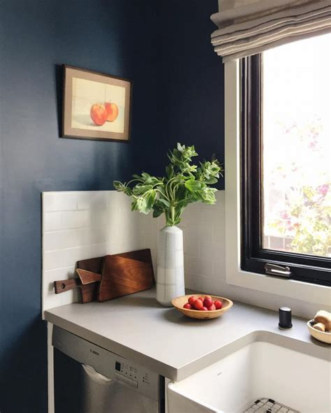 An Amazing Kitchen Painted in Farrow & Ball Stiffkey Blue