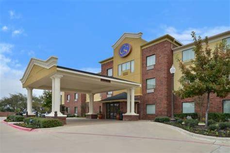 comfort inn ennis tx comfort suites ennis ennis texas hotel motel lodging