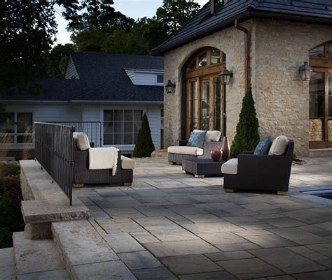 Lafitt Patio Slab by Large Scale Pavers Create Drama And Make Patios Look