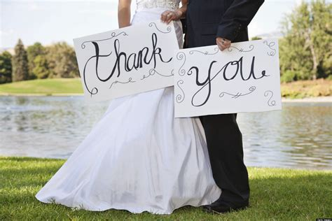 when should you send out wedding thank notes 6 wedding gifting dos and don ts huffpost