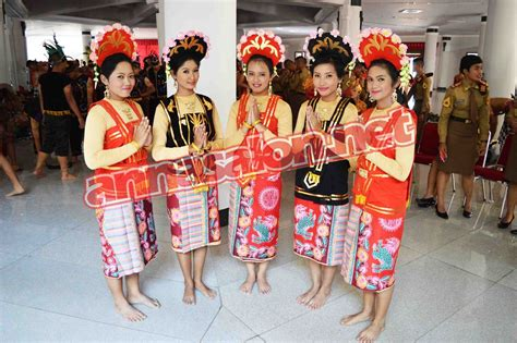 tutorial make up untuk tari saman kostum tari yapong betawi jakarta