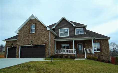 3 car garage homes homes with 3 car garages in clarksville tn