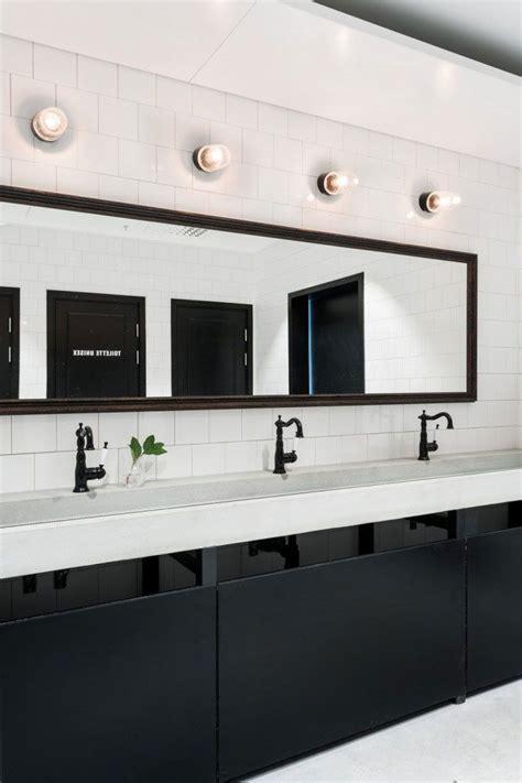 Reggin Plumbing by Best 25 Commercial Bathroom Ideas Ideas On Commercial Bathroom Sinks Office