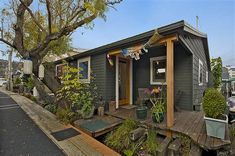 Houses For Sale In Seattle by Seattle Floating Homes For Sale Seattle Afloat Seattle
