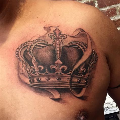 crown tattoo design letter c tattoos