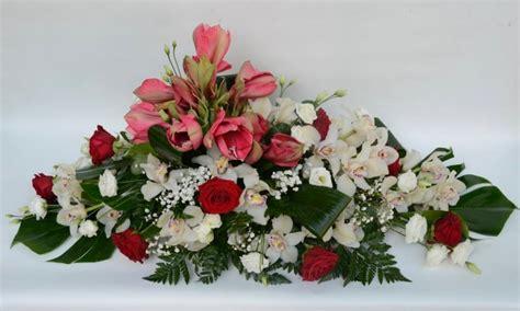 fiori per funerali composizione per funerale con orchidee e fiori